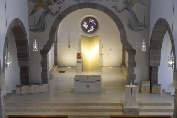 Kirche-Marbach-Chorraum